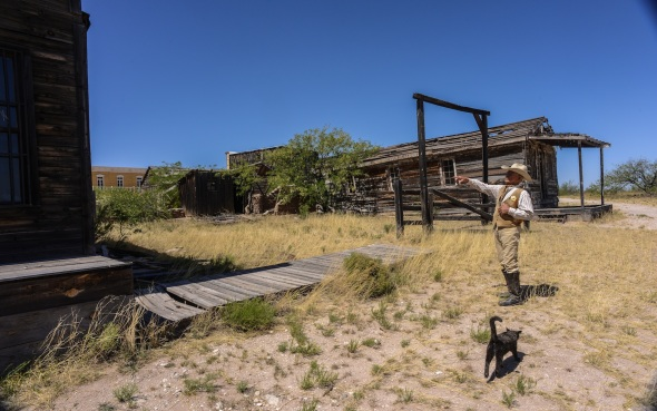 Scene of the ShootOut at the OK Corral in Tombstone, starring Kurt Russell.
