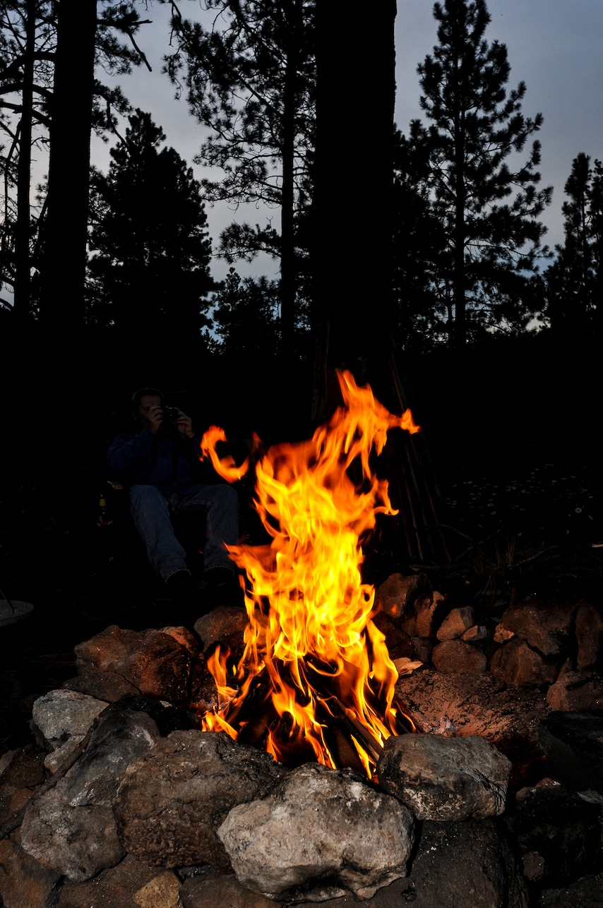 Why is carbon dating useful in establishing the age of campfires