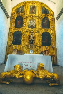 SAN JAVIER altar view